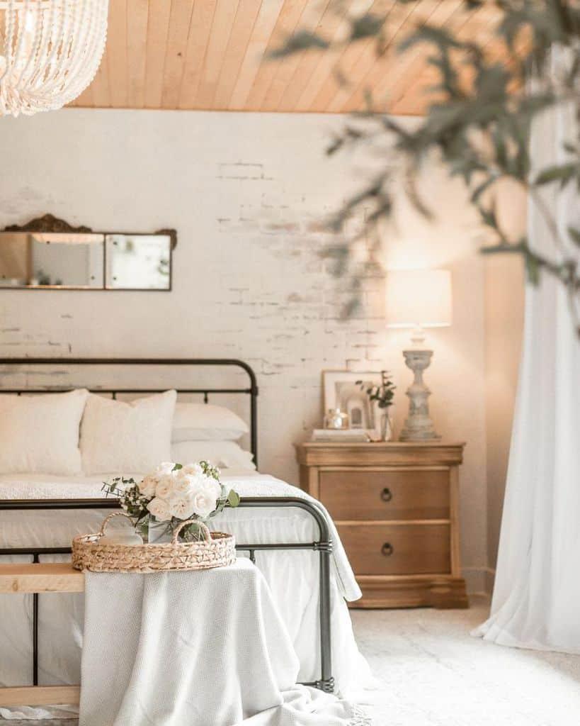 white romantic bedroom ideas susies.favorite.things