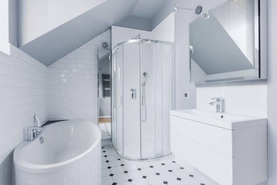 White Small Shower Ideas