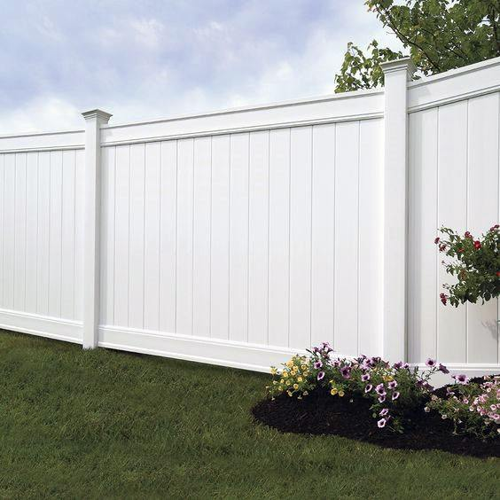 White Vinyl Traditional Dog Fence Ideas