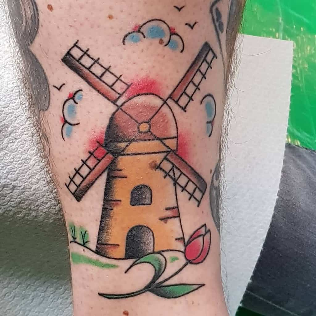 Tatouage de tulipe de moulin à vent