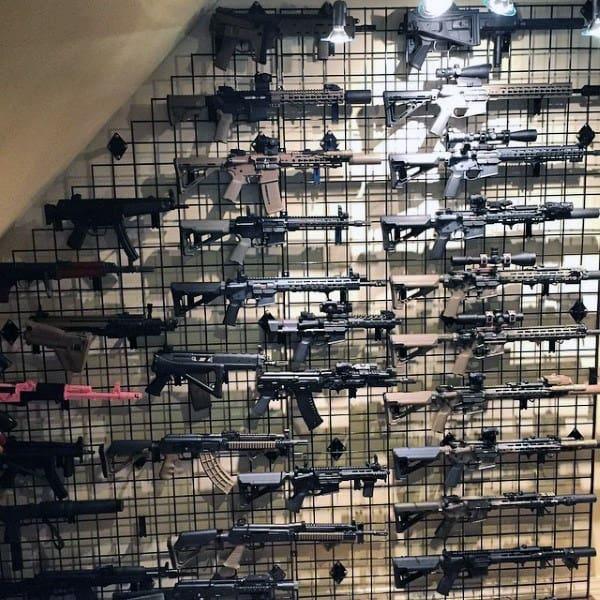 Wire Rack Gun Shelf Units For Armory Room