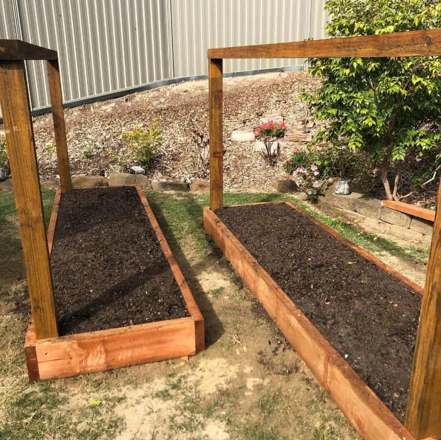 with trellis raised garden bed ideas gold_coast_gardner