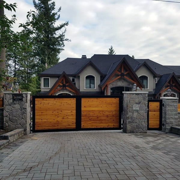 Wood And Metal Driveway Gate Ideas