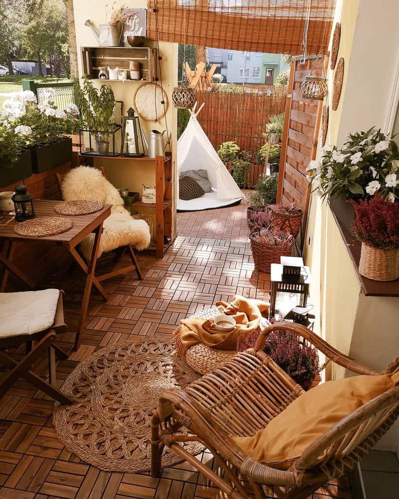 wood apartment patio ideas _sylvika