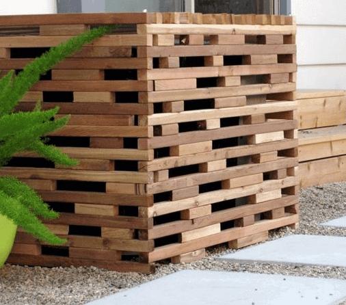 Wood Block Modern Pool Equipment Enclosure Ideas