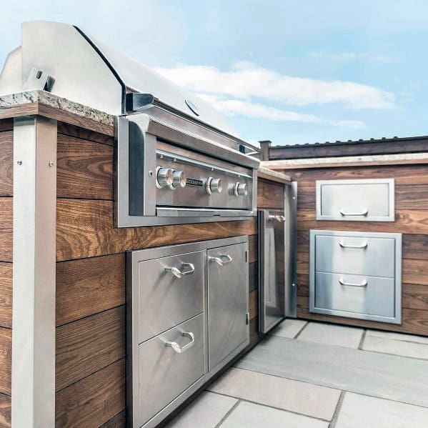 Wood Boards Luxury Built In Grill Ideas