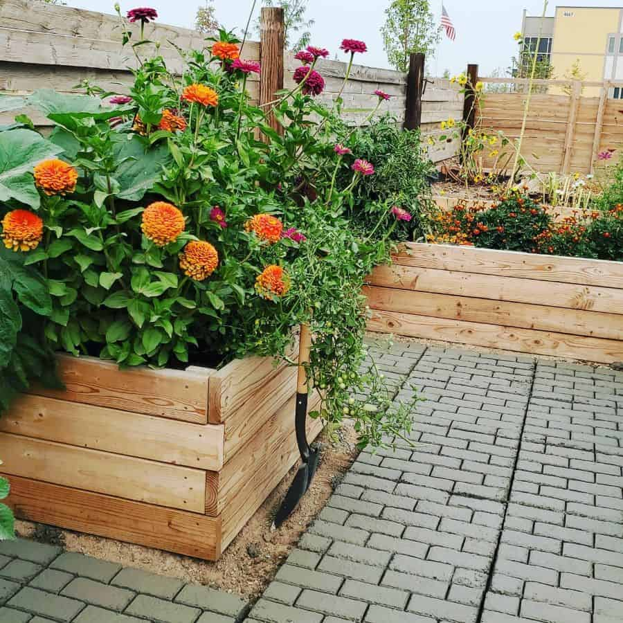 wood flower bed ideas daniegirl868