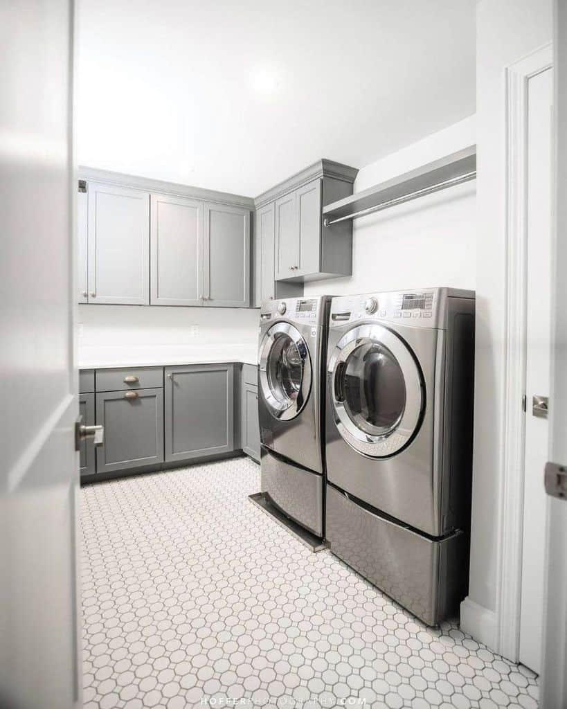 wood laundry room cabinet ideas 2 bhdb_ben