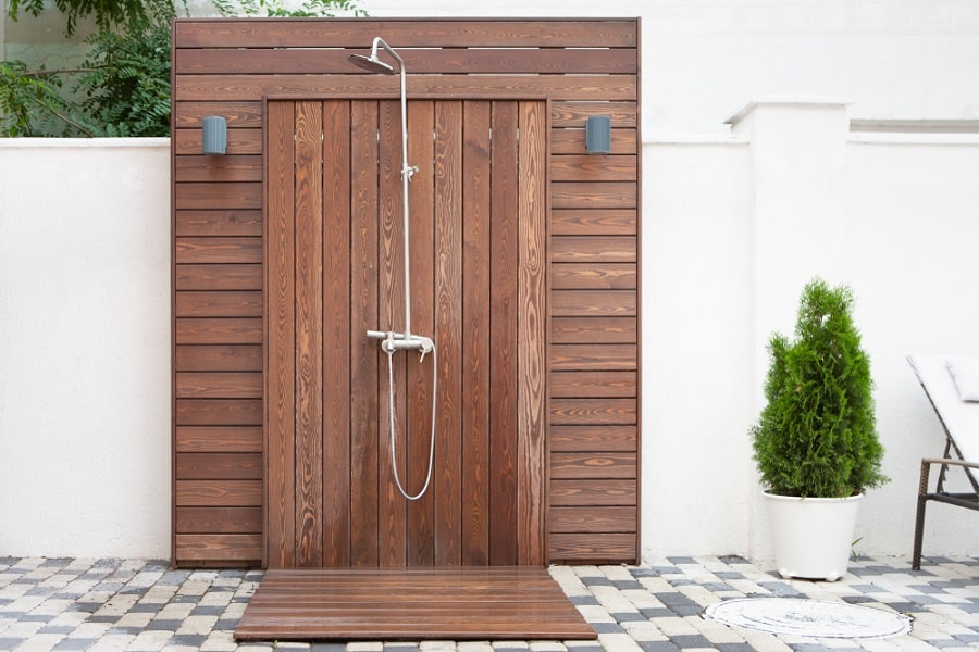 Tropical Outdoor Shower Ideas