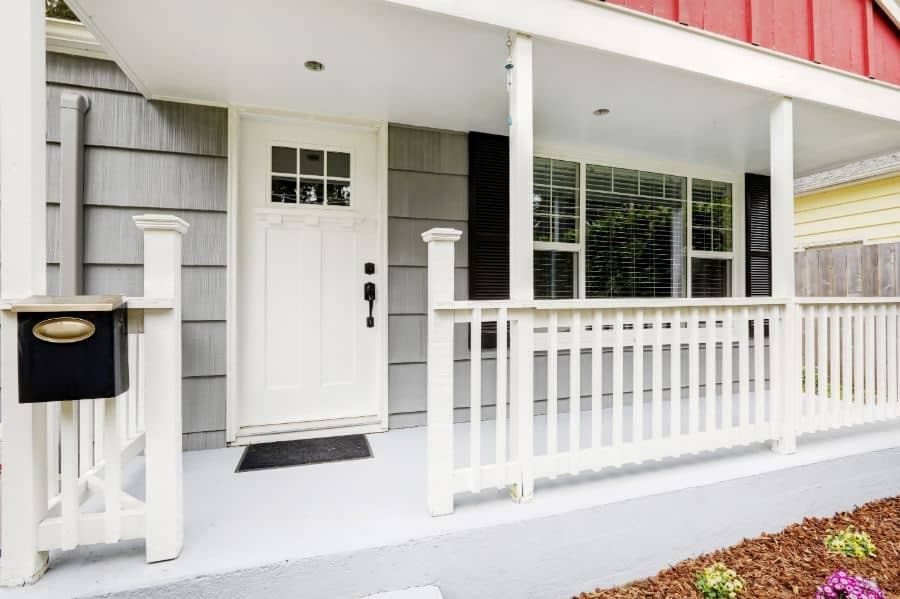 Wood Porch Railing Ideas 3