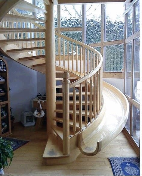 Wood Spiral Traditional Staircase Indoor Slides