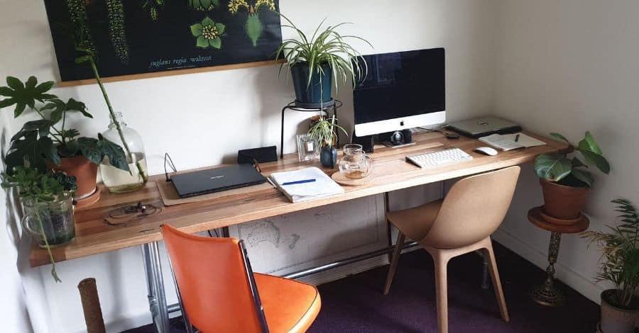 work desk setup ideas salvaged_by_stix