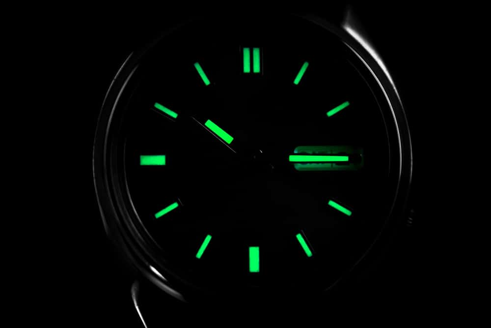 rhodium plated indexes wristwatch glowing in dark