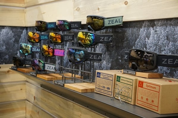 Zeal Snowboarding And Skiing Goggles