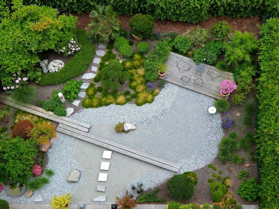 zen style landscaped garden