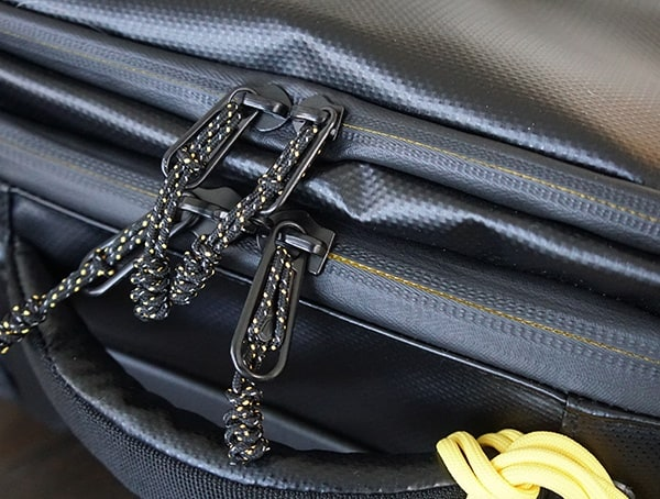 Zipper With Black And Yellow Details Eagle Creek Borderless Convertible Carry On